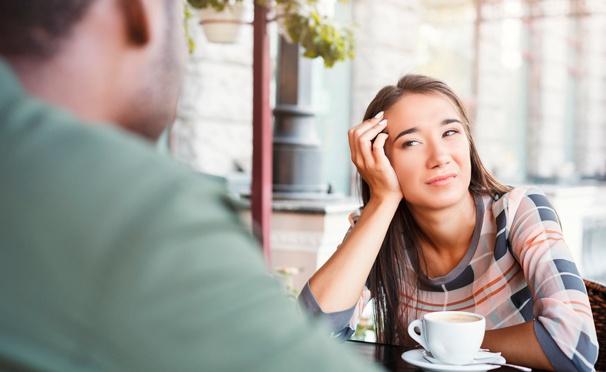 Скидка на Участие в вечеринке быстрых знакомств Speed dating в кафе Sisters: от 15 свиданий, конкурсы, мастер-классы и не только. Скидка 76%