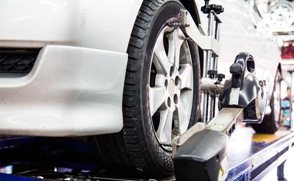 Шиномонтаж и балансировка колес от R13 до R19, а также полировка кузова в автосервисе SerBestM на Звенигородском шоссе. Скидка до 80%