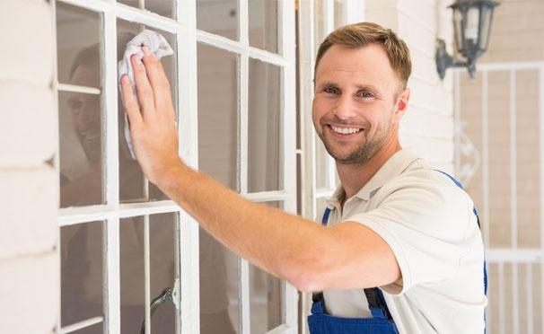 Скидка на Комплексная или генеральная VIP-уборка квартиры, а также мытье окон от клининговой компании «Мойдодыр и К». Скидка до 68%
